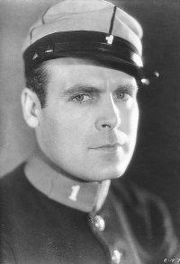 Ralph Graves